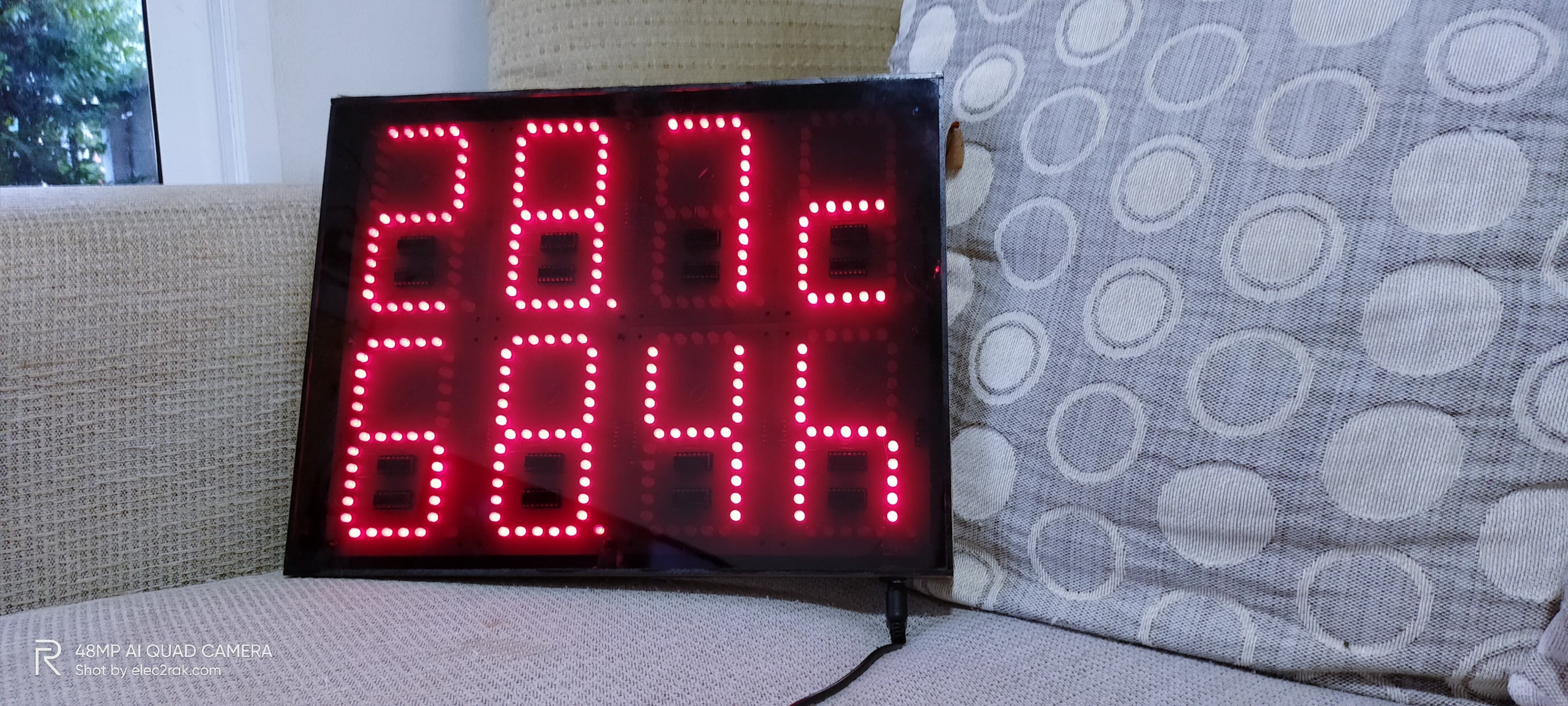 Temperature and Humidity Monitoring Display Board with Wireless Sensor